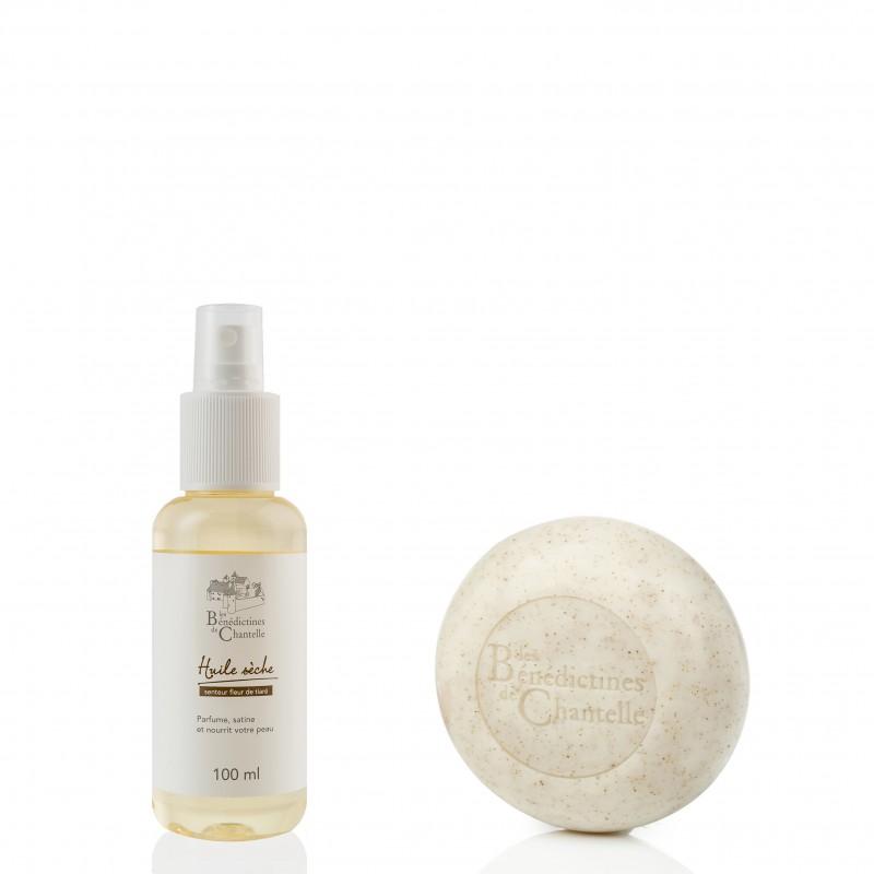 La cosmétique au naturel avec des soins reflets de la Tradition Monastique pour exfolier, nettoyer et hydrater le corps.