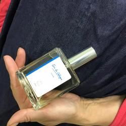 Hand-made and manual natural cologne