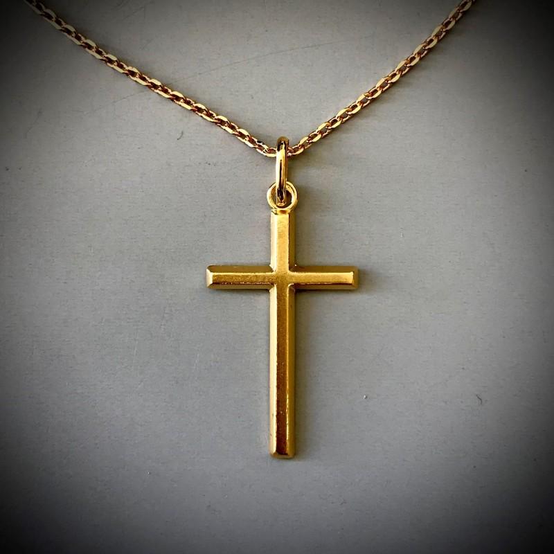 Pendentif croix dorée – Fabrication française