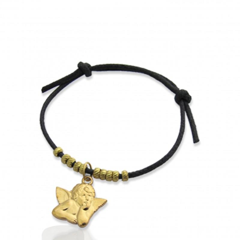Sélection de bijoux religieux, croix et colliers. En or, argent, la bijouterie religieuse de qualité et Made in France.